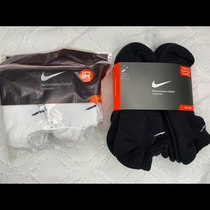 12 PAIR NIKE black & white no show socks size 8-12
